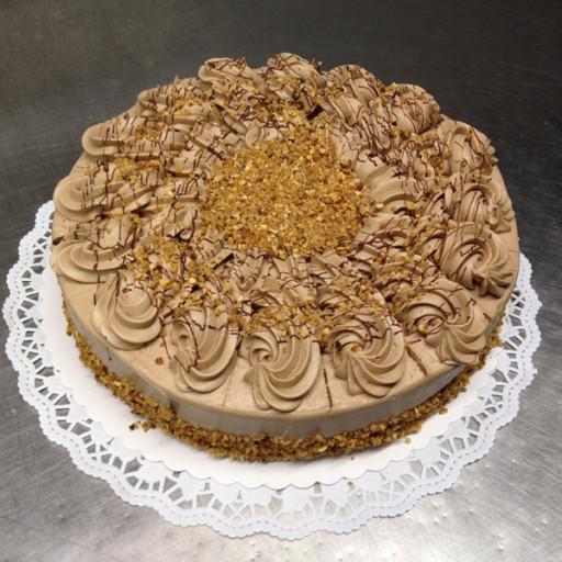 Nougat-Krokant-Creme-Torte