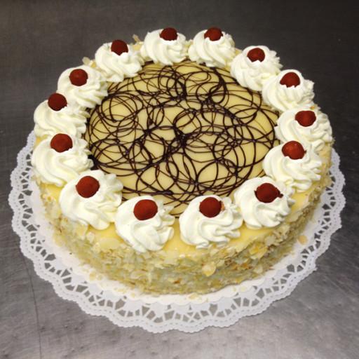 Marzipan-Sahne-Torte