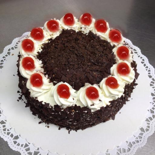Kleine Kirsch-Sahne-Torte